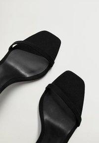 Mango - Sandály na vysokém podpatku - černá - 5