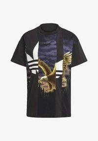 adidas Originals - Dry Clean Only xGRAPHIC TEE - T-shirt imprimé - black - 6