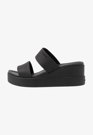 BROOKLYN MID WEDGE - Tøfler - black