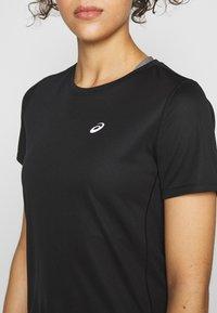 ASICS - KATAKANA - T-shirt z nadrukiem - performance black - 4