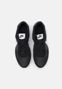 Nike Sportswear - VALIANT - Trainers - black/white - 3