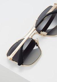Jimmy Choo - KIMI - Sunglasses - gold-coloured/black - 4