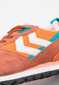 Hummel - THOR UNISEX - Trainers - orange - 5