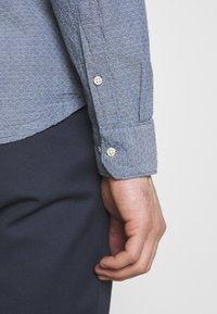 Jack & Jones PREMIUM - Shirt - medium blue denim - 6