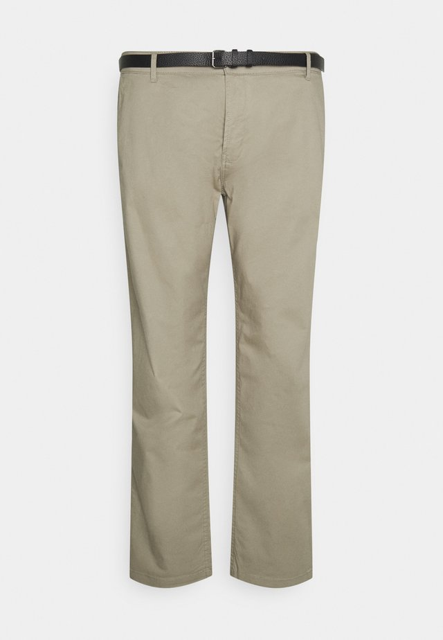 MEN'S WITH BELT - Chino - sand