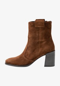 Kennel + Schmenger - ZOE - Classic ankle boots - castoro - 1