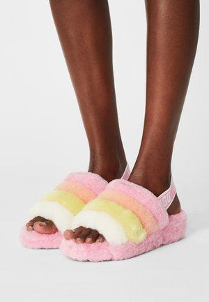 FLUFF YEAH SLIDE - Slippers - sachet pink multi