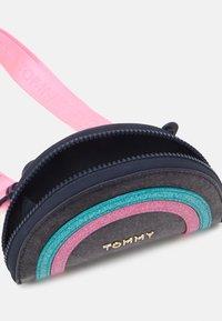 Tommy Hilfiger - MINI ME FUN BAG - Across body bag - pink - 2
