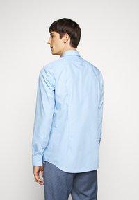 HUGO - KERY - Formal shirt - light pastel blue - 2