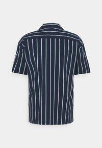Jack & Jones PREMIUM - JPRBLASTRIPE RESORT SHIRT - Shirt - navy blazer - 6