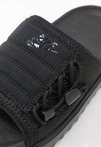 Nike Sportswear - CITY SLIDE - Pantofle - black - 2