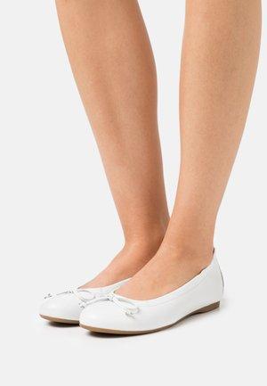 Ballerinat - weiß
