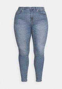 ONLY Carmakoma - CARHIRIS LIFE PUSHUP - Jeans Skinny Fit - light blue - 3