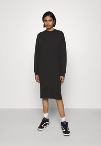 Monki - MINDY DRESS - Jerseyjurk - black solid - 0