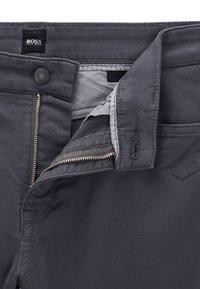 BOSS - MAINE - Straight leg jeans - grey - 5