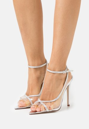 TAMINA - Klassiske pumps - clear silver