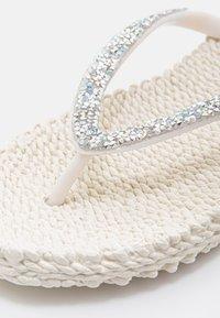 Ilse Jacobsen - T-bar sandals - creme - 5
