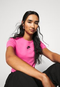 Nike Sportswear - AIR CROP - Triko spotiskem - pinksicle/black - 3