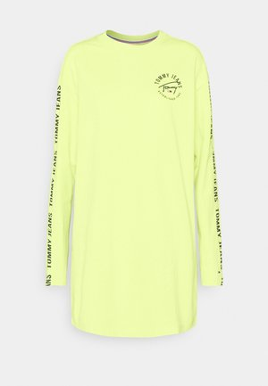 LOGO TAPE TEE DRESS - Denní šaty - faded lime/multi