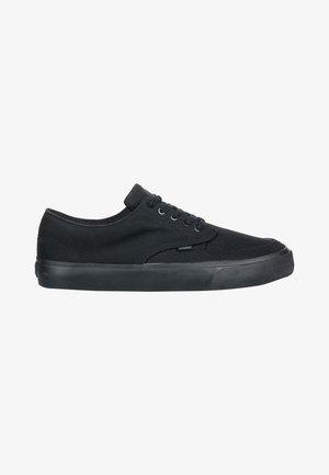 TOPAZ C3 - Sneakers laag - blackout