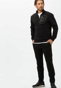 BRAX - Sweatshirt - black - 1