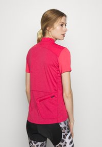 Vaude - TREMALZO - T-shirt z nadrukiem - crimson red - 2
