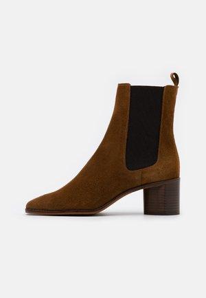 BERGAMOTE - Kotníkové boty - cognac
