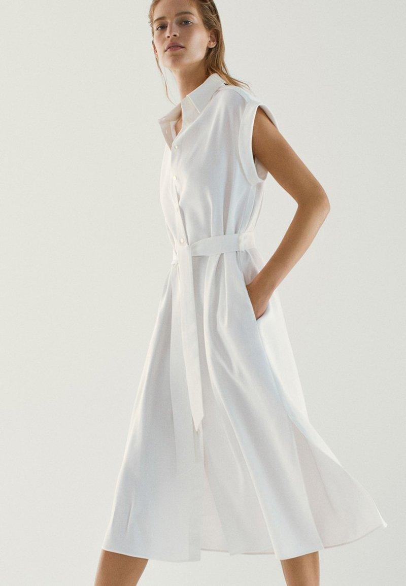 Massimo Dutti - Robe chemise - white