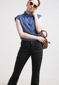 MAC Jeans - DREAM - Straight leg jeans - black - 3