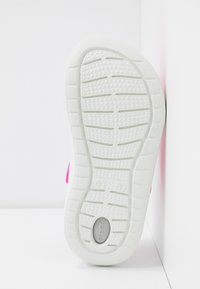 Crocs - LITERIDE - Ciabattine - electric pink/almost white - 6