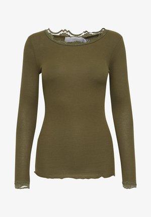 HIZAMOND - Langærmede T-shirts - dark olive