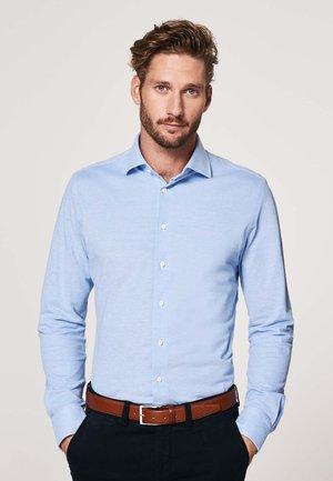 SLIM FIT - Shirt - licht blauw