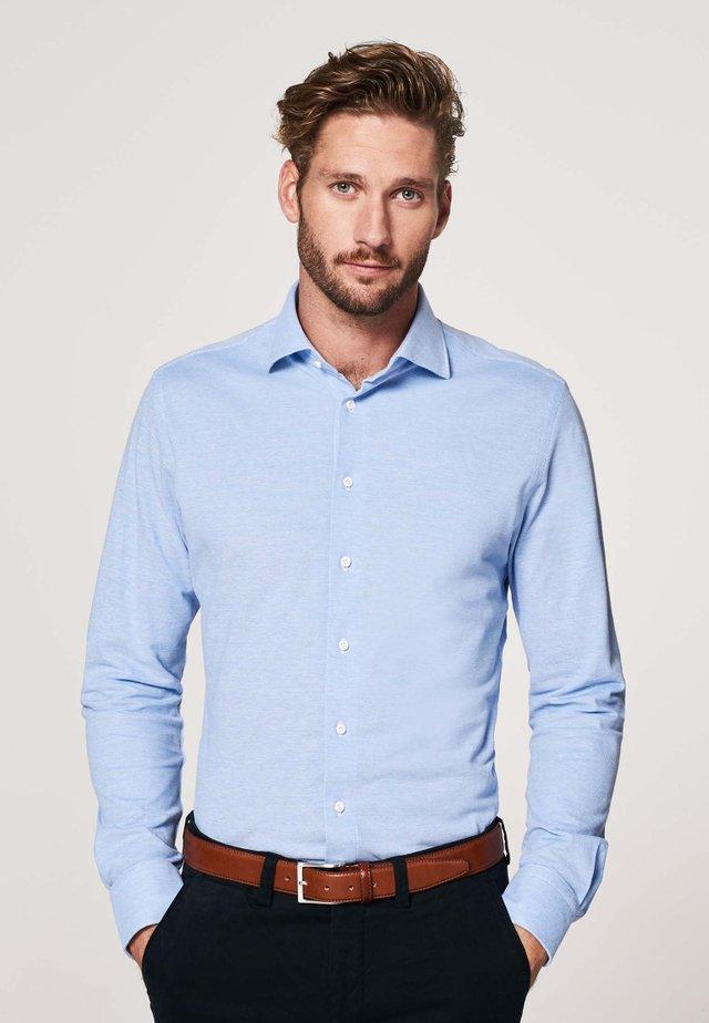 SLIM FIT - Overhemd - licht blauw