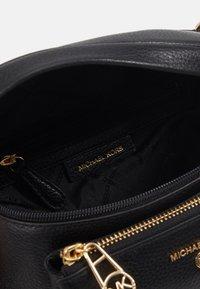 MICHAEL Michael Kors - SLING - Across body bag - black - 3