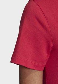 adidas Originals - TREFOIL T-SHIRT - Print T-shirt - pink - 6