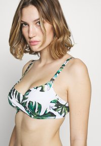 Fantasie - PALM VALLEY WRAP FRONT FULL CUP - Bikinitop - fern - 3