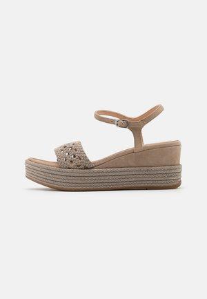 KISOME  - Sandały na platformie - mist