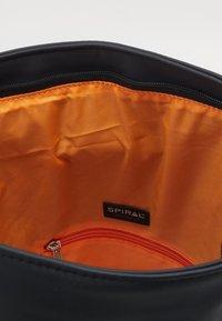 Spiral Bags - HIGHLAND - Plecak - black - 2