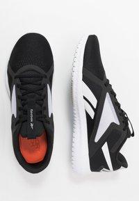 Reebok - FLEXAGON FORCE 2.0 - Sports shoes - black/white - 1