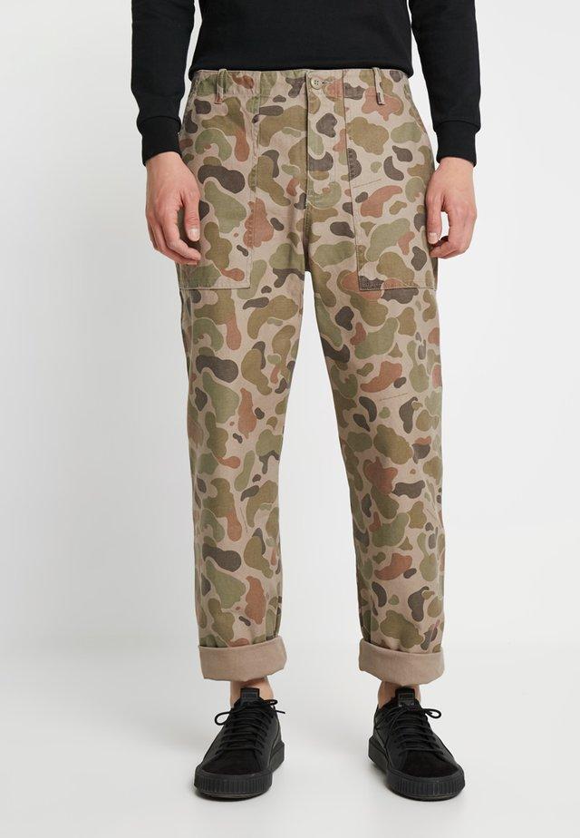 HALVARD  - Jeans straight leg - taupe