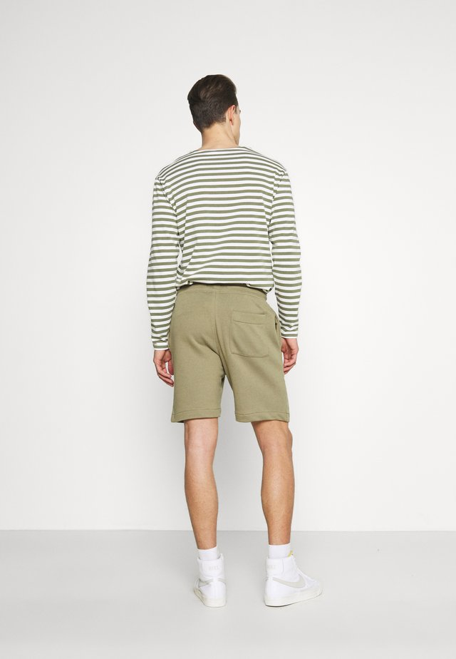 SLHMICAH - Shorts - aloe