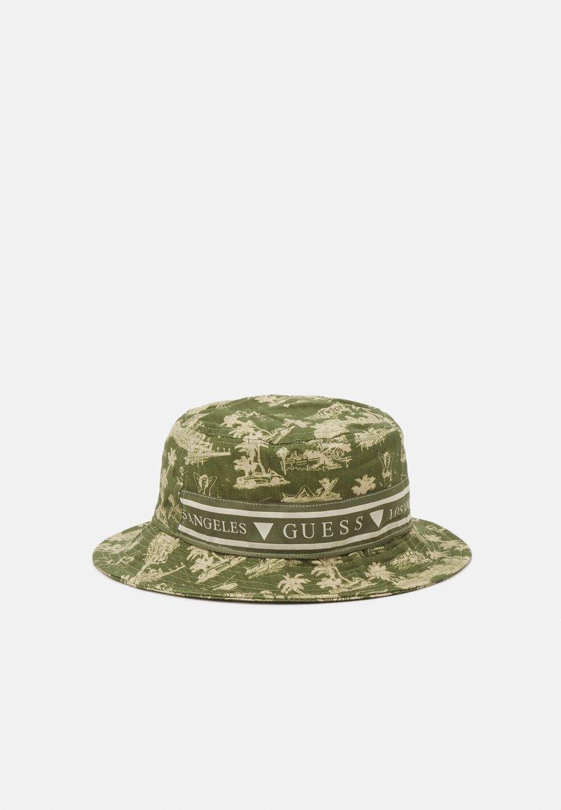 Guess - BUCKET HAT UNISEX - Klobouk - green