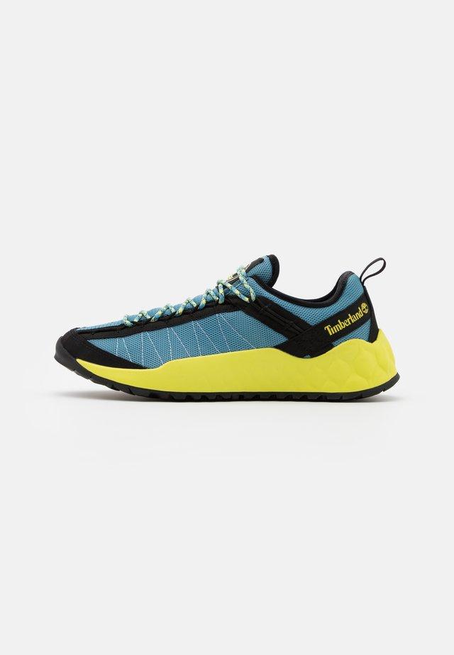 SOLAR WAVE  - Sneaker low - medium blue