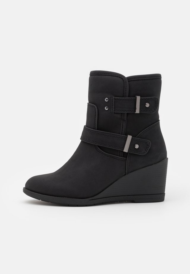 WIDE FIT PANSY - Wedge Ankle Boots - black