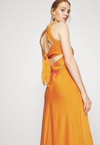 Who What Wear - CUT OUT BACK SLIP DRESS - Cocktail dress / Party dress - papaya - 5