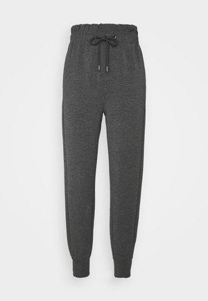 ONLPETRA PAPERBAG PANT - Pantalones - dark grey melange