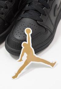 Jordan - Zapatillas de baloncesto - black - 6