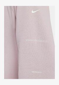 Nike Sportswear - CREW  - Sweatshirt - champagne/white - 4