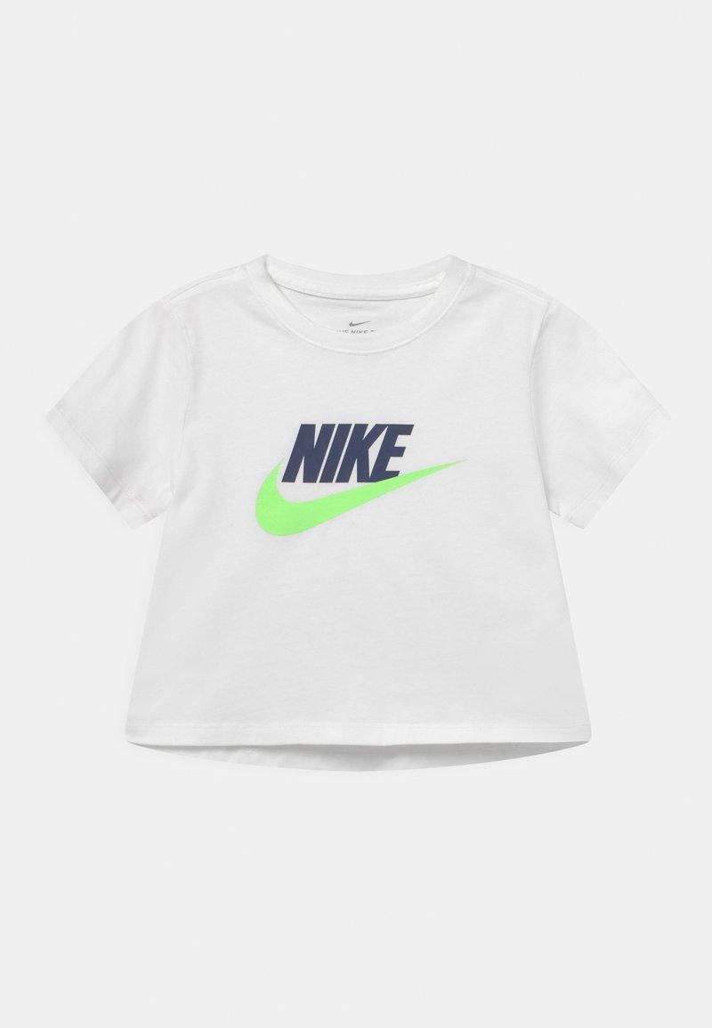 Nike Sportswear - TEE CROP FUTURA  - T-shirt imprimé - white/blue void/lime glow