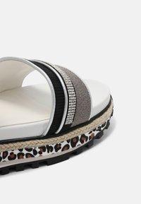 LIU JO - Sandals - black - 4